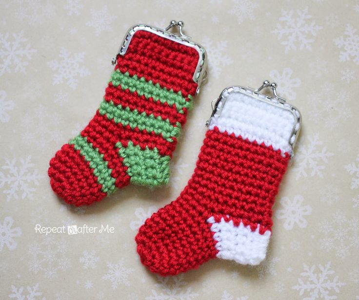 Repeat Crafter Me: Crochet Christmas Stocking Coin Purse Pattern