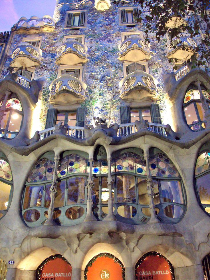 The colorful Casa Battlo  Barcelona, Spain