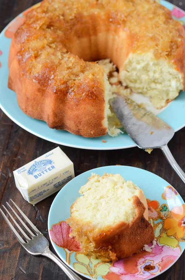 Pineapple Coconut Bundt Cake!