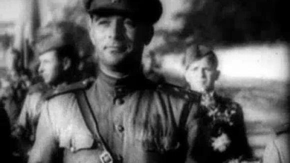 """""""Das Match"""": Ein russischer Film erzählt die Geschichte vom legendären """"Todesspiel"""" 1942 zwischen deutschen Soldaten und einer Kiewer Mannschaft neu. Er zeigt die Ukrainer fast alle als Nazi-Kollaborateure."""