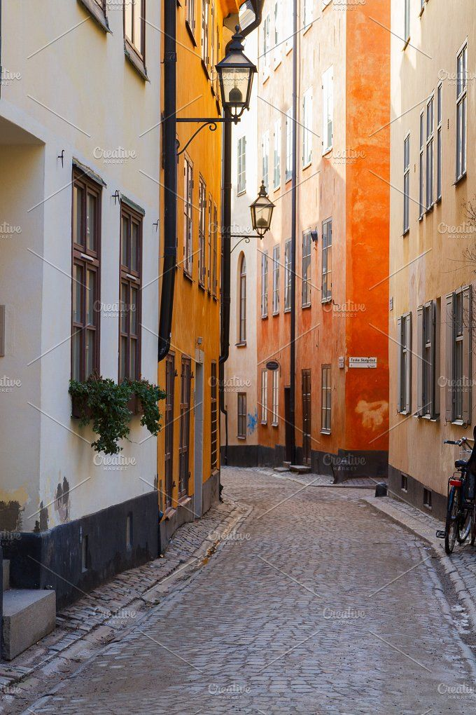 old town street in Stockholm, Sweden Photos old to…
