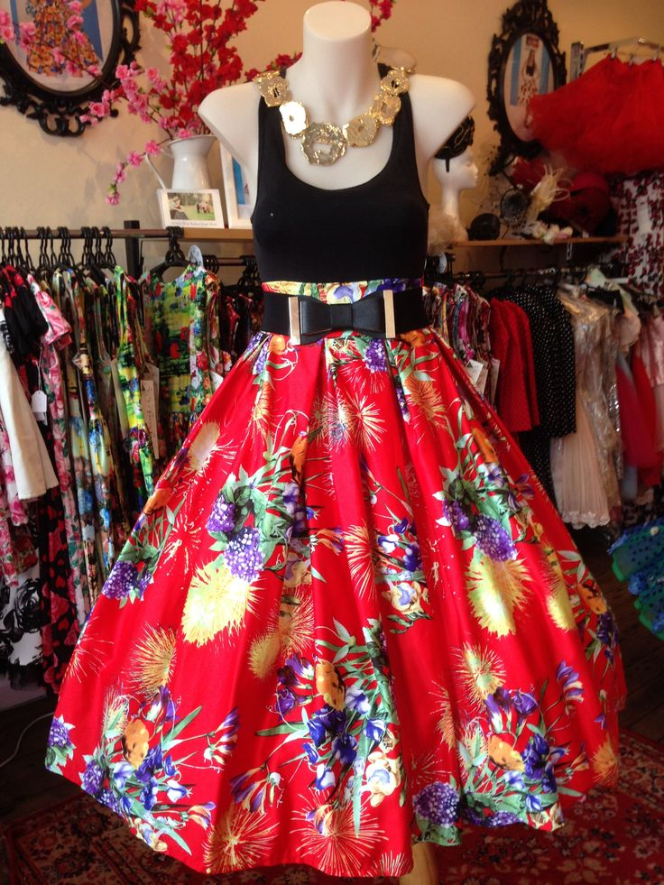 Lights, Camera, Fireworks! Double Box Pleated Skirt – GiGi's Fairy Fashion