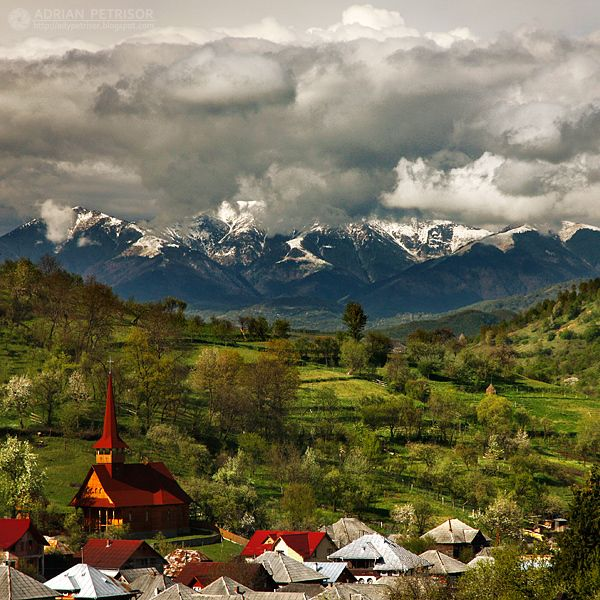 Turul celor mai frumoase sate din țara noastră