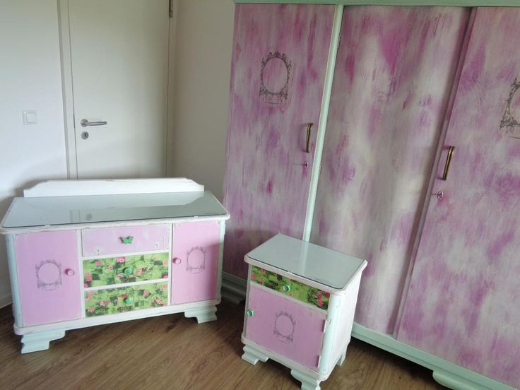 Lovely  Teile Vintage Kleiderschrank Kommode Nachtschrank in Shabby Chic Rosa Mint Wei Landhaus W scheschrank Schrank Kinderzimmer