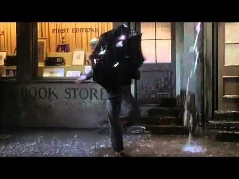 Avui fa 100 anys del naixement de Gene Kelly. Una excusa perfecta per recordar la pluja i aquesta cançó!