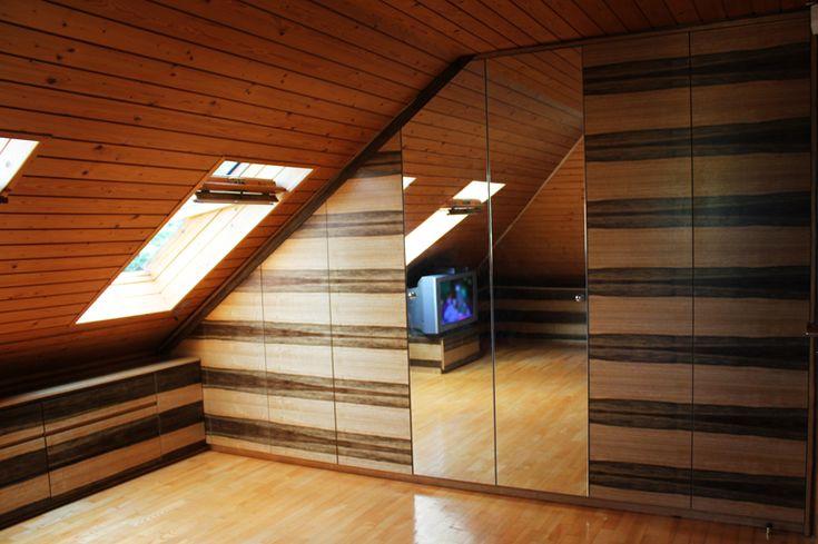 Szafa ze skosem  #wardrobe #szafa #skos #drewno #wood #meble #furniture #dom #home #poddasze #attic #instaphoto #decor #design #mieszkanie #instasize #photooftheday