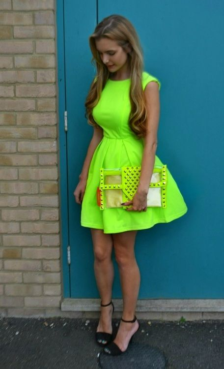 Classic neon party dress ...  Neon / Acessories / Fashion / Woman / Style / Neon / Dress / Jeans / ✔BWC