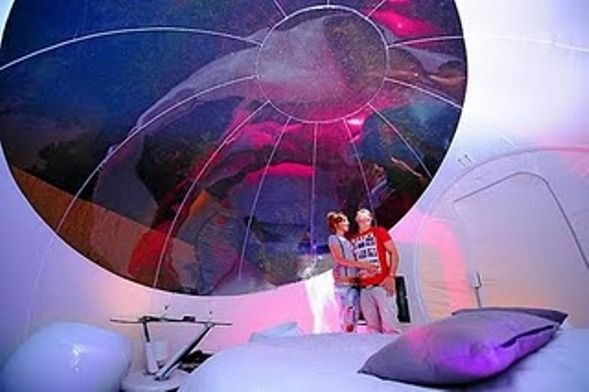 Bubble hotels are amazing! http://ecstasya.com/adrenalitic/bubble-hotels-for-a-complete-traveling-experience/