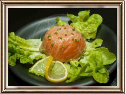 Zuccotto al salmone con insalata russa