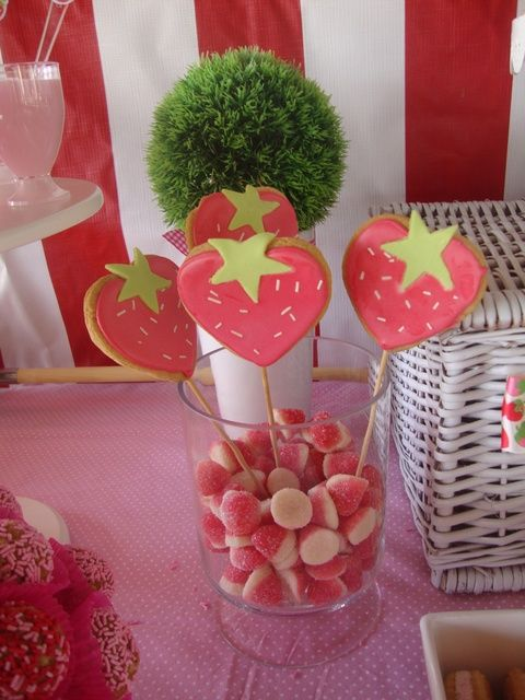 Cookie pops at a Strawberry Shortcake Party #strawberryshortcake #partycookies