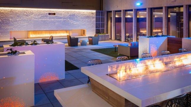Frolik Kitchen + Cocktails Seattle rooftop bar | Thrillist