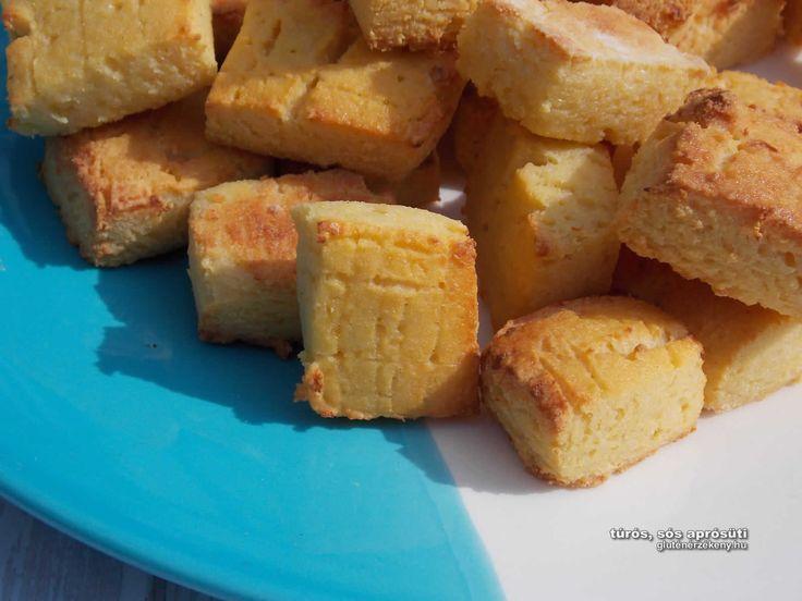 Sós túrós gluténmentes aprósütemény Olcsó, könnyen elkészíthető gluténmentes aprósütemény a túrós kocka receptünk. Kitűnő vendégváró, de akár bolti snack helyett is fogyaszthatjuk.