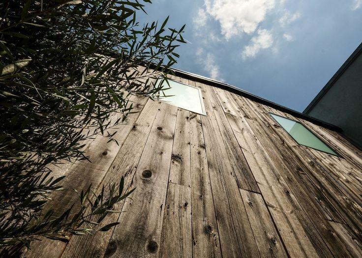 13 best Bardage vieux bois images on Pinterest   Old wood, Old barns ...
