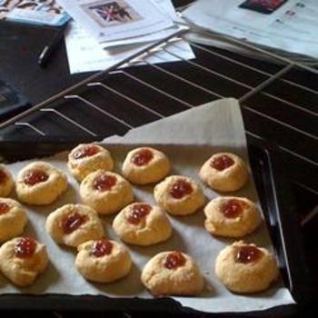 Working Moms Hamentashen: Hamentashen Recipes, Work Mom, Working Moms, Yummy Sweet, Hamentashen Allrecipes Com, Food And Drinks, Yellow Cakes Mixed, Mom Hamentashen, Yellow Cake Mixes