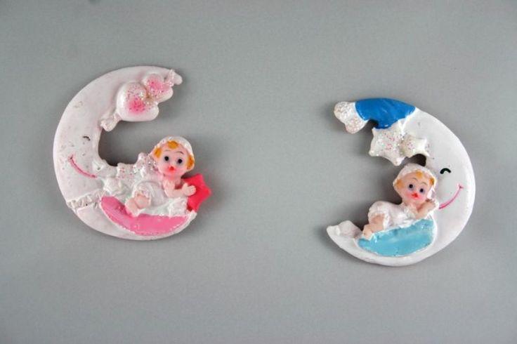 Bebek doğumu, ilk yaş doğum günleri, nişan, nikah ve düğünlerde sunulabilecek hoş bir alternatif. İsteğe bağlı olarak badem şekeri, renkli şeker ya da lavanta ile de bağlanarak farklı bir hediyelik alternatifi yaratılabilir. #tasarım #dogumgunu #babyshower #bebek #tasarım #farklı #different #hosgeldinbebek
