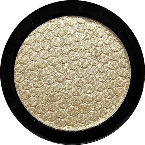 MBA Shimmerlights-Illuminating Pressed Powder 2.1gr 37mm pan.  Available in PAN ONLY or Black Flip Top Compact.  Ingredients: May Contain: Mica Titanium Dioxide, Magnesium Stearate, Aluminum Powder, Silicon Dioxide, Tin Oxide, Synthetic Flourophylogopite, Calcium Aluminum Borosilicate