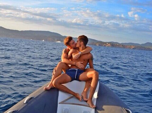 Gay and lesbian couples dunedin fl