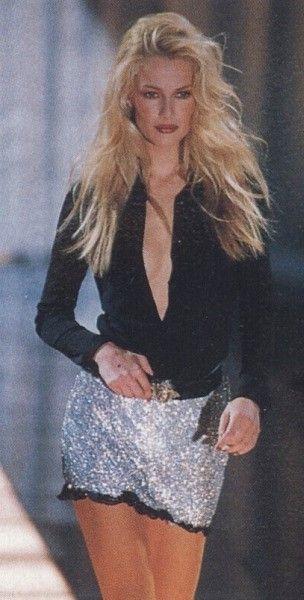 Karen Mulder -  Versace F/W 1996