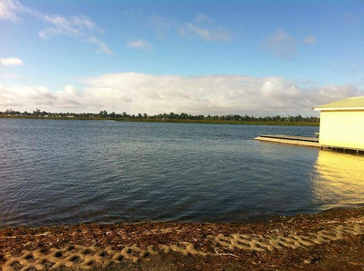 Another beautiful morning for rowing on Lake Wendouree near the historic Ballarat High School Rowing Sheds