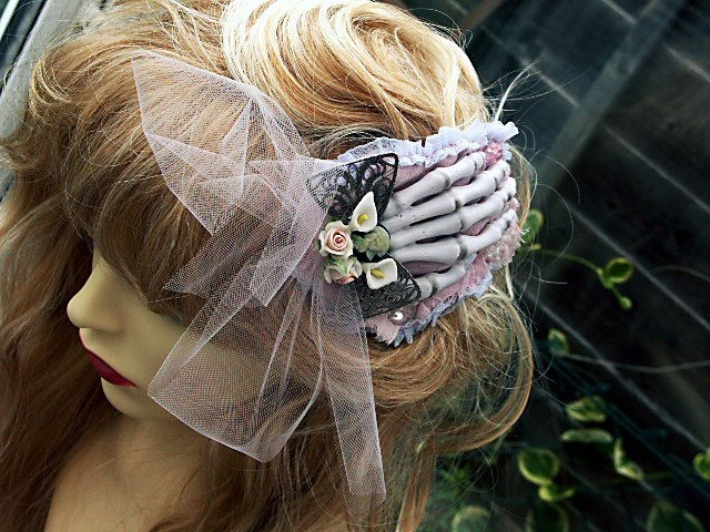 hair style for parties 48 best style images on 5880 | 99b85cd53f387eea0f2ec2fec5880c3d hair garland corpse bride