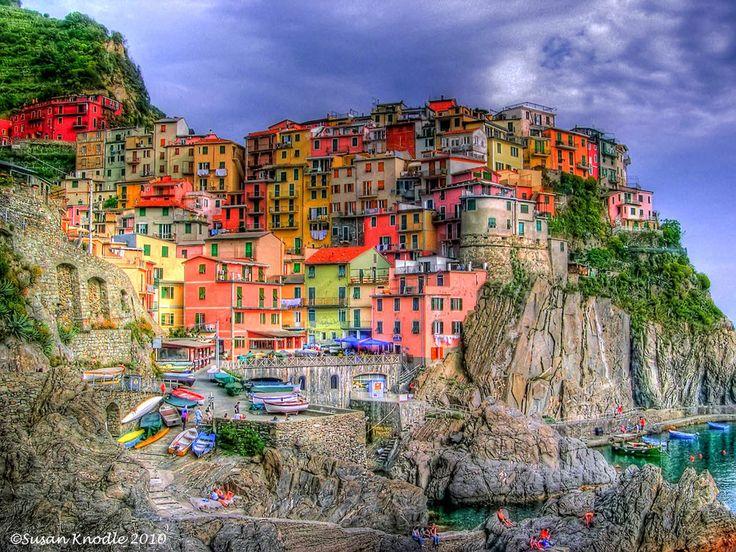 Manarola in Cinque Terra , Italy: Cinqueterre, Bucketlist, Cinqueterra, Cinque Terre Italy, Buckets Lists, Color, Travel Photo, Beautiful Places, Five Land