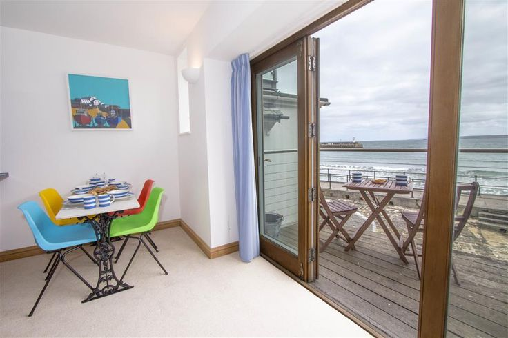 Pebbles, 8a St Andrews Street | St Ives Holidays