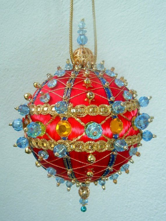 1635 best Beaded Christmas Ornaments images on Pinterest  Beaded