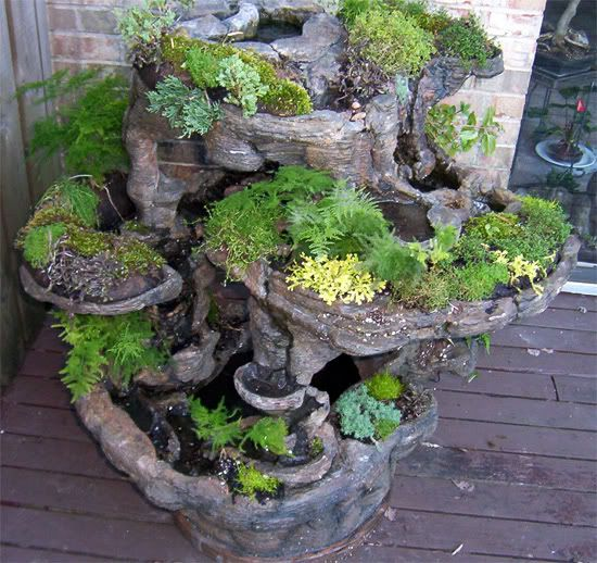 Fountain Planter Made From Hypertufa This Is A Little