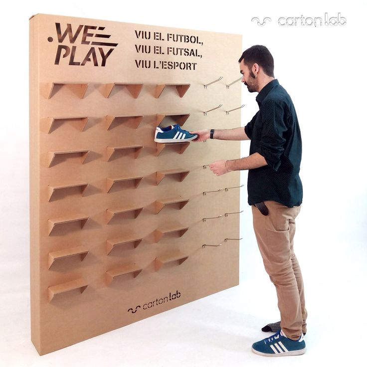 Cardboard shoe exhibitor for shops, fairs, tradeshows, events. Ecological and sustainable design. Designed by Cartonlab. #shoeexhibitor #modularexhibitor #productdisplay