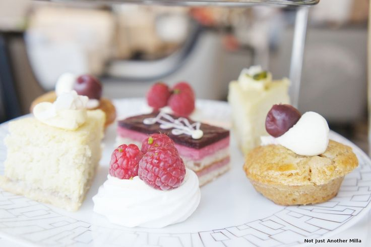 Wellington Afternoon Tea, Wellington Lounge, InterContinental Park Lane London