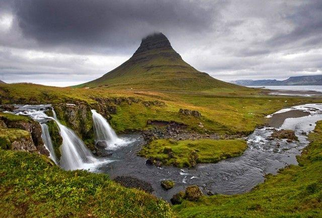 Półwysep Snaefellsnes, Zachodnia Islandia, Kirkjufell i Kirkjufellsfoss, ISLANDIA