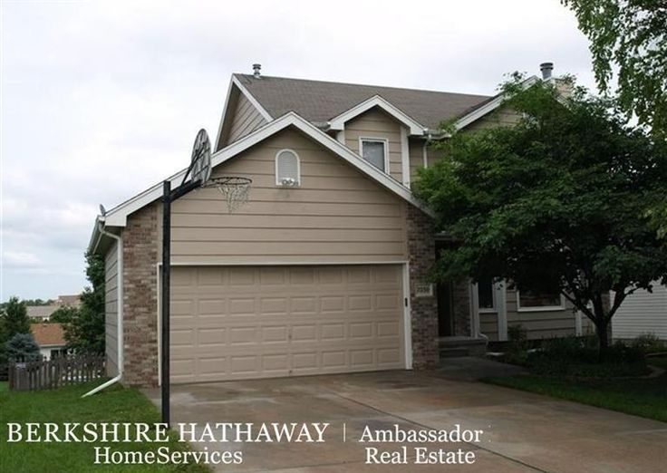 7030 South 32nd St - If you like convenience you will love this home. Walking distance to.... Contact Kathleen Wright at BHHS Ambassador, today!  http://www.bhhsamb.com/kathleen.wright/Property/NE/68516/Lincoln/7030_South_32nd_St
