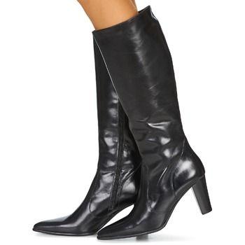 Mooie hoge laarzen van Perlato. Simpel maar chique ♥