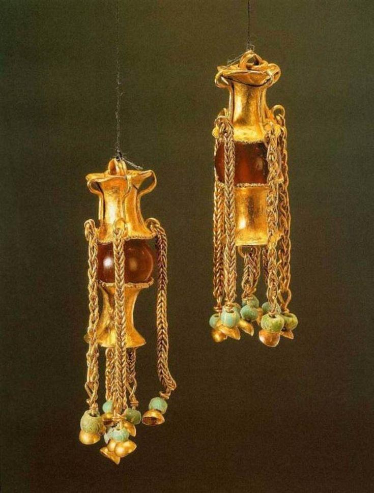 сарматские парные подвески. конец1-начало2 века.  золото.сердолик цветное стекло