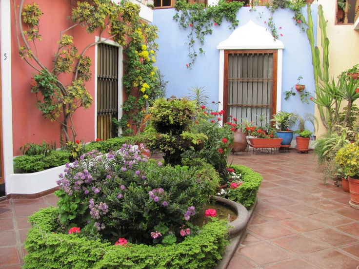 509 best courtyards images on pinterest for Mexican porch designs
