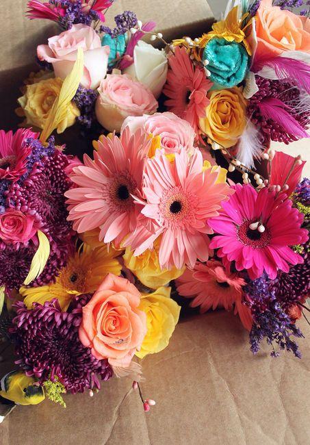 Colors Flower, Gerber Daisies, Flower Bouquets, Wedding Bouquets, Floral Arrangements, Pretty Flower, Diy Wedding, Bright Colors, Bouquets Flower