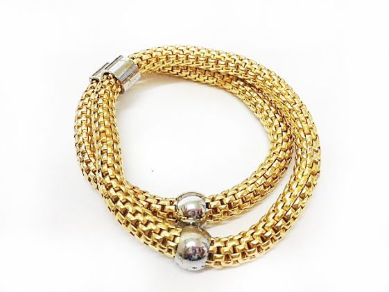 Our Gold Popcorn Bracelet with on-trend stainless steel detail.