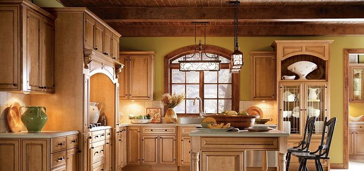 wooden thomasville cabinets kitche design | Blakely Maple Palomino Glaze by Thomasville Cabinetry ...