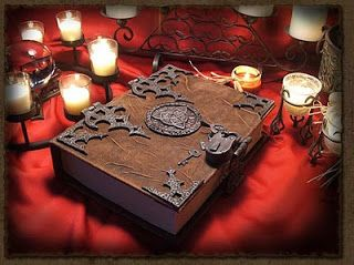 Talking About Ritual Magick: Tarot as the Greatest of the Old Grimoires