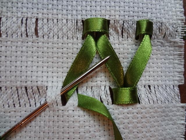 Ateliê de arte e artesanato: Tutorial de trançado com fita / braided ribbon