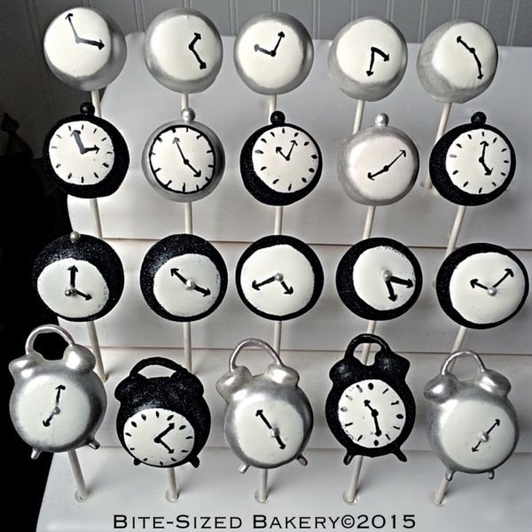 Clock Cake Pops - would be great for a New Years Eve party!