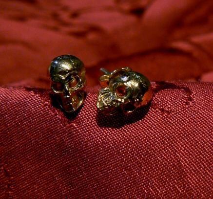 Mini Skulls earrings in gold 18 kt! Dogale Jewellery Venice Italy