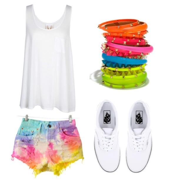 Perfect outfit! (Except the shoes I'll stick with my trusty Converse thank you very much.) Can use the DIY tie dye shorts idea