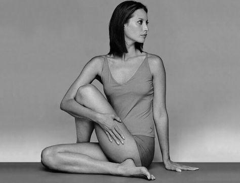 Хотите в 50–60 лет выглядеть, как минимум, на 20 лет моложе? Тогда воспользуйтесь весьма эффективной японской гимнастикой макко-хо, которая многие годы была на секретном «вооружении» у японских гейш.
