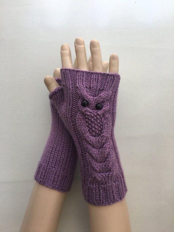 TRANSPORTE URGENTE Buho lila tejido a mano Fingerless