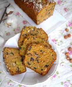 Cake thon, olives, asperges et noisettes sans gluten et sans lactose !