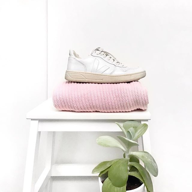 Veja sneakers #veja #minimalist #pink