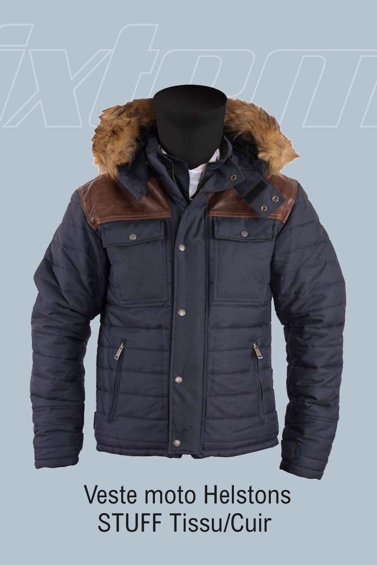 #moto #helstons #veste La veste moto Helstons STUFF vous protégera de la pluie grâce à sa membrane étanche-respirante et à sa capuche amovible, vous serez également protégé du froid grâce à sa doublure chaude et les bords côtes en coton au niveau des poignets. Ses protections souples épaules et coudes et sa dorsale homologuée CE vous garantiront...
