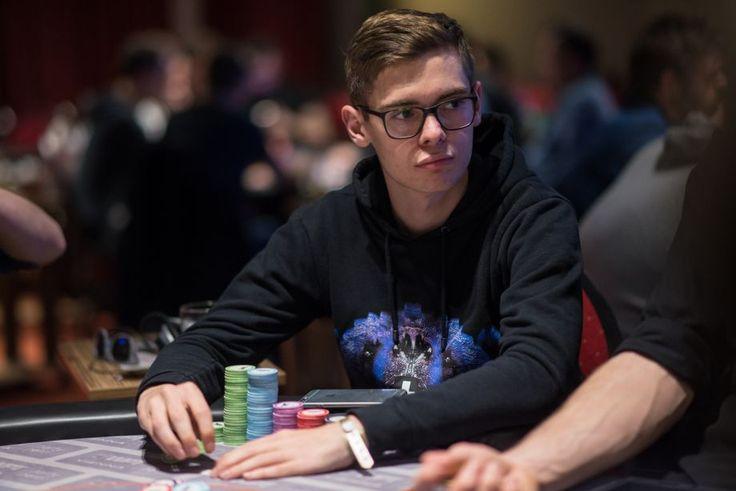 Результаты Sunday Majors на PokerStars - повод отпраздновать есть у Димы Юрасова и Николая Прохорского.