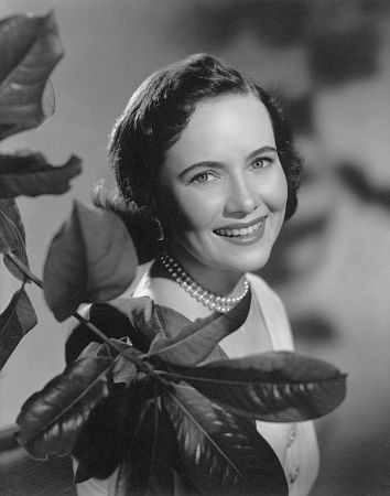 "Teresa Wright, c. 1946. - ""The Pride of the Yankees"", ""The Best Years of Our Lives"""